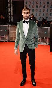Suits<br>Douglas